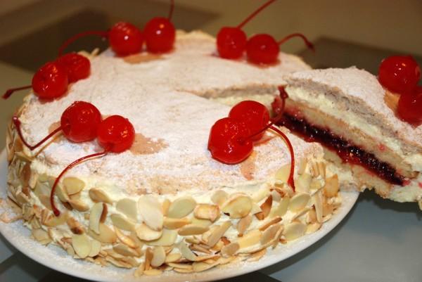как готовить торт с безе