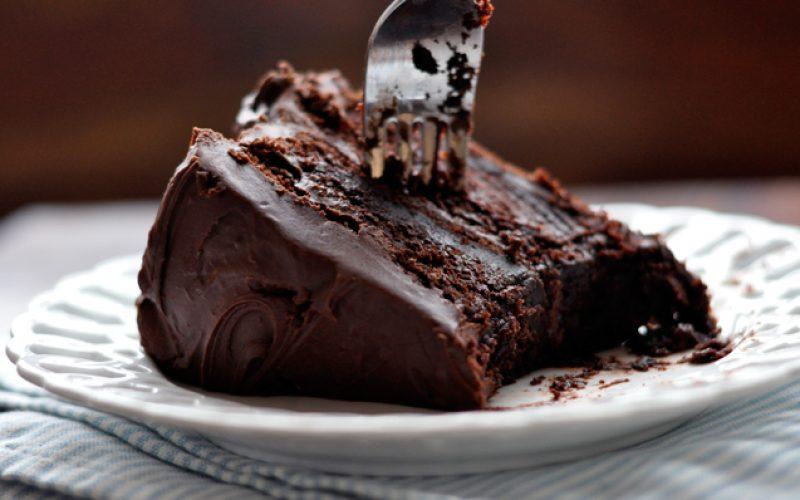 Торт из чернослива и шоколада