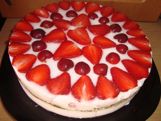 Йогуртовый тортик с фруктами