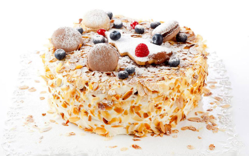 Домашний торт Наполеон на быстром слоеном тесте