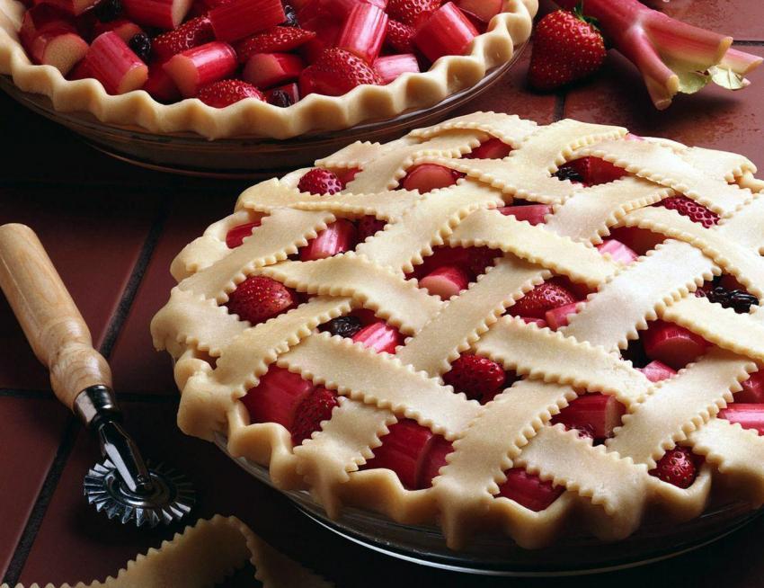 Творожно-ягодный пирог с замороженными ягодами
